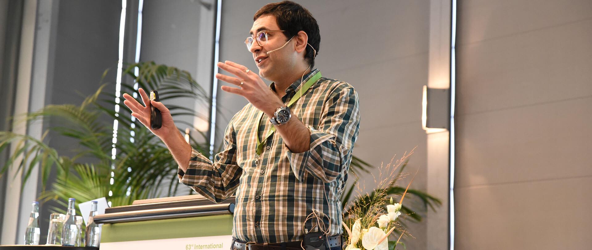 Dr Hashir